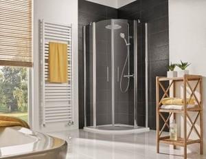 Die neue Favorit Nova Runddusche ist die perfekte Ecklösung für jedes Bad. Die Duschkabine bietet maximalen Platz auf minimalem Raum. So wird jeder Duschgang zum optimalen Wellnesserlebnis. Bild: HSK Duschkabinenbau KG