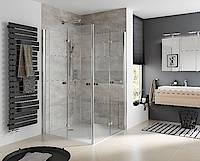Für einen maximal großen Einstieg sorgen Atelier Plan Drehfalttüren. Sie können zusammen-gefaltet und nach innen oder außen gedreht werden. Bild: HSK Duschkabinenbau KG